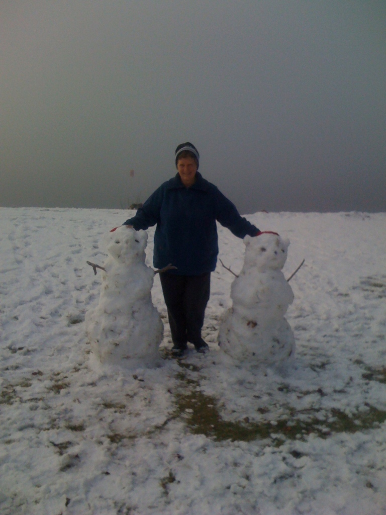 Anne_snowpeople
