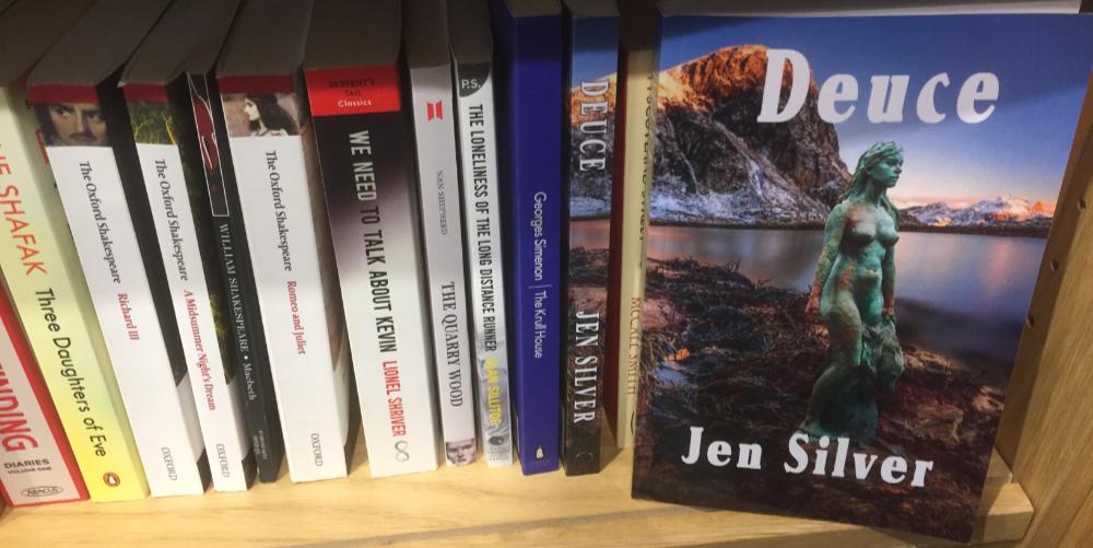deuce_bookcase1